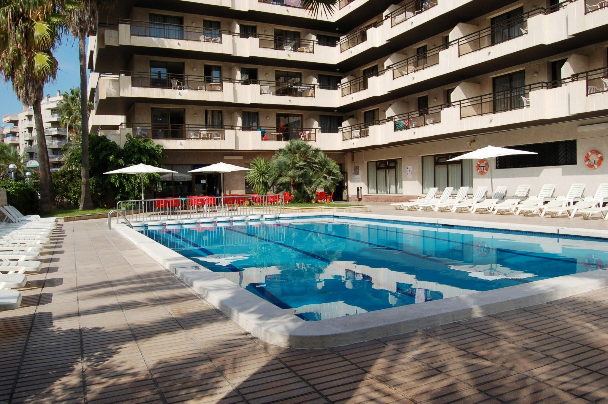 Apartments With Pool In Salou Apartaments Cye Salou